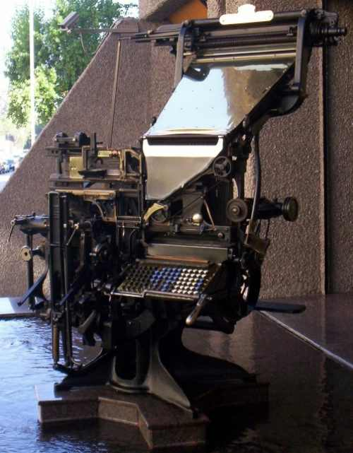 Close-up of the Linotype, outside the El Universal offices