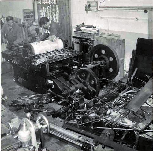 The Victoria-Front press being dismantled 1965