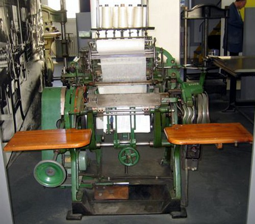 A Brehmer book stitching machine