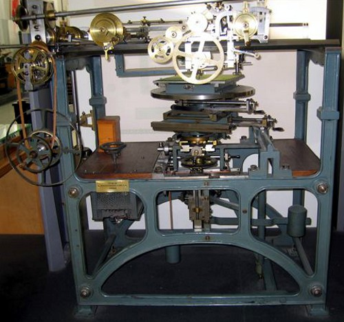 A ruling machine