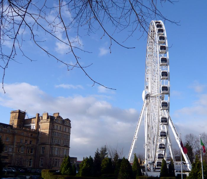December 13, 2011. Work is completed, the wheel in the grounds of the Royal York Hotel
